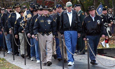 Joe Galloway's 'hard duty' eulogy for friend, Hal Moore, of  Vietnam battle fame
